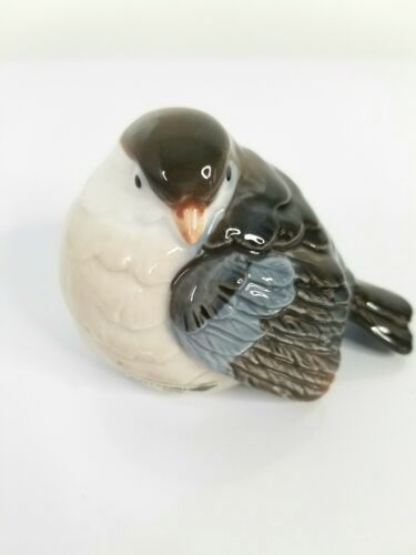 OTAGIRI Japan Vintage Gray White Porcelain Sparrow Bird Figurine