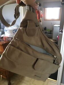 Travelon crossbody purse