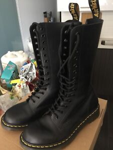 Dr.Martens mid-high boots