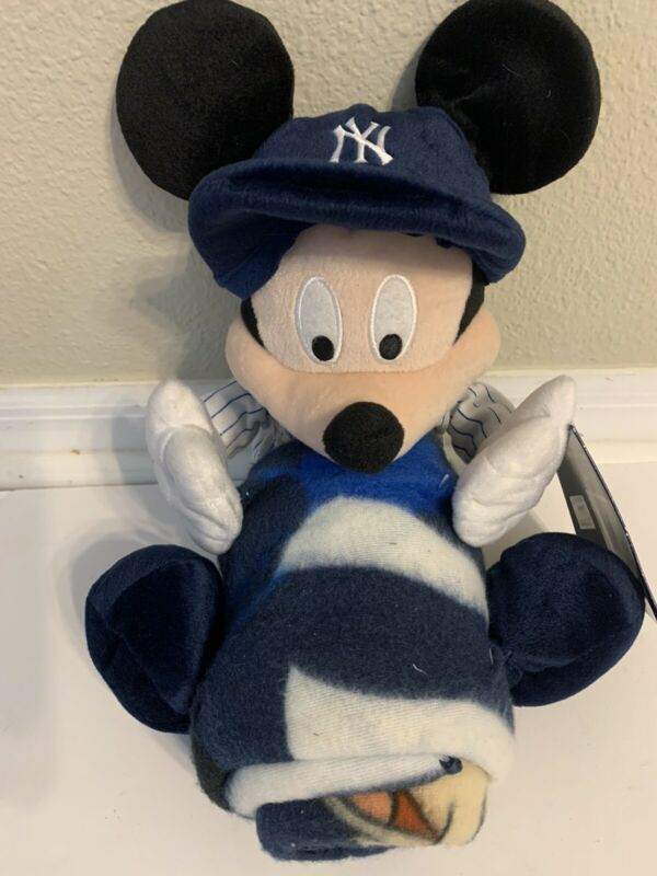 NY YANKEES- WALT DISNEY MICKEY MOUSE - THROW AND PILLOW SET