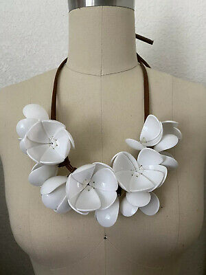Marni H&M White Plastic Flower Necklace Leather White Floral Cord RARE