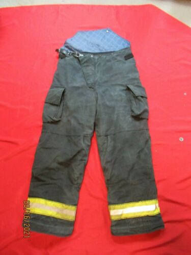 Cairns 40 x 30 RS1 Firefighter Pants Bunker Turnout Fire Gear BLACK RESCUE TOW