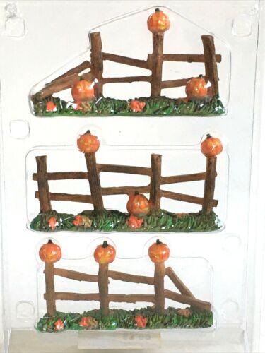 Lemax Pumpkin Fence Set 3 Halloween Village Decor Accessory Spooky Town Hollow