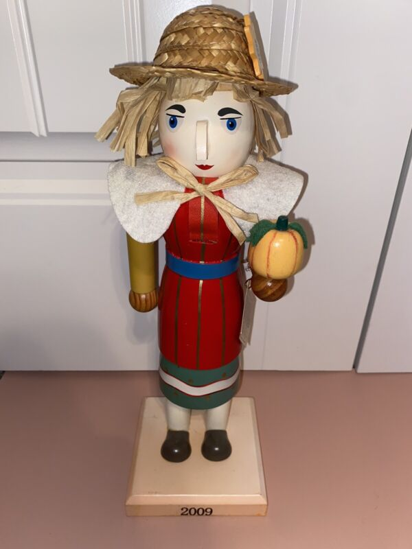 """Nutcracker WOMAN Limited Edition 2009 Fall Harvest Thanksgiving Scarecrow 14"""""""