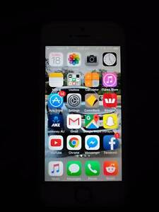iPhone 5s 32GB White Immaculate Condition Ellalong Cessnock Area Preview