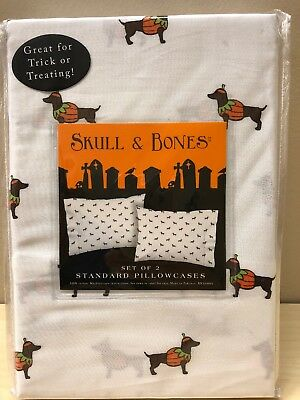 Halloween Trick Or Treat Dachshund Wiener Dog Costume Pillowcases Skull & Bones (Pillowcase Halloween Costume)