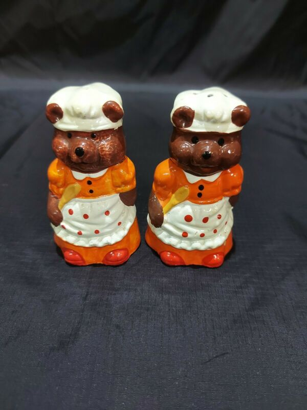 Vintage Collection Salt and Pepper Shakers Bakers Bears
