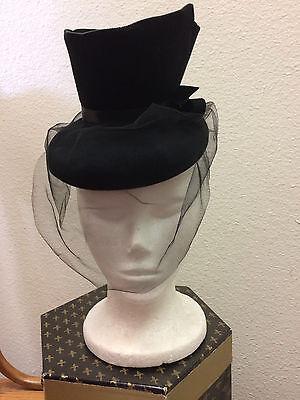 Vintage 1940s Black Felt Tilt Hat Fascinator Black Netting Veil Silk Ribbon