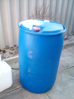Plastic 44 gallon drums