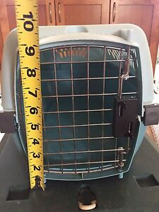 Small animal crate / cage / carrier