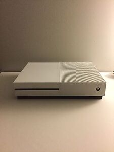Xbox one s 500 gb console complete Yamanto Ipswich City Preview