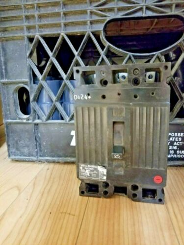General Electric Circuit Breaker TED134025 3 Pole 480 Vac 25 Amp