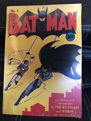 DC Comics™ ORIGINALS Comic Book BATMAN & ROBIN #1 Spring Vintage Decor TIN SIGN - Comic Book Decor