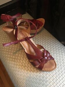Red Born sandals size 7