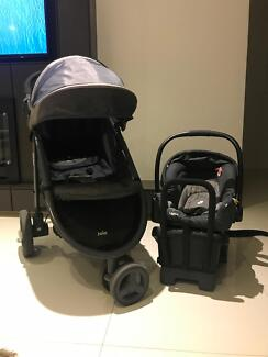 Joie Pram and Capsule - Great condition!