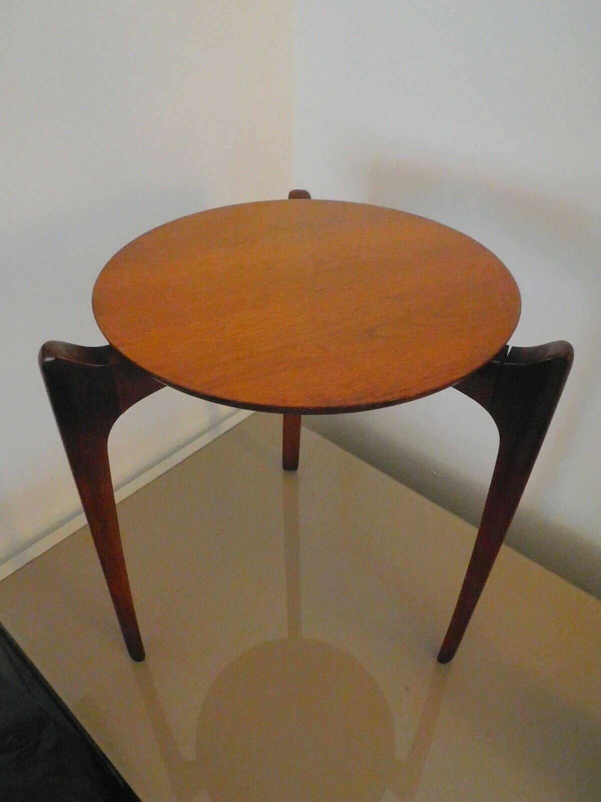 Mid Century Modern Round Danish Side Table Plant Stand Walnut Teak - $137.50