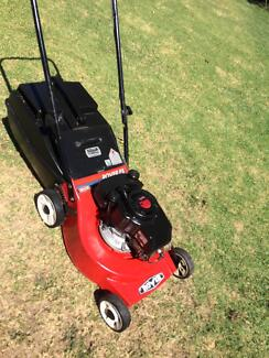 Rover lawn mower alloy base powerful 4hp 4 stroke 4 blades