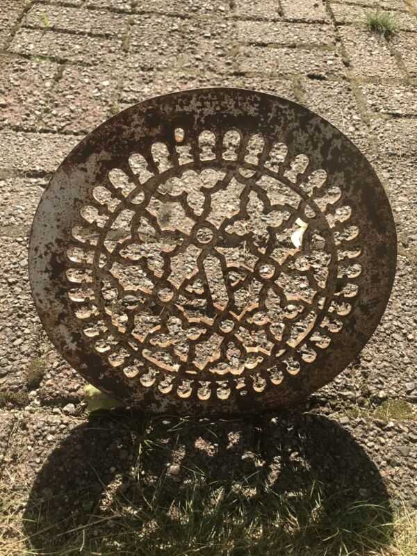 "11 5/8"" Ornate round Heat grate Cast-Iron geometric vintage"