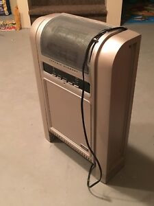 Lasko model 5800C 1500watt ceramic heater