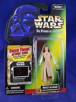 "Ewok Outfit (Star Wars POTF 2 1997 Leia ""Ewok Celebration Outfit"" Green Card – MINMP - Kenner)"