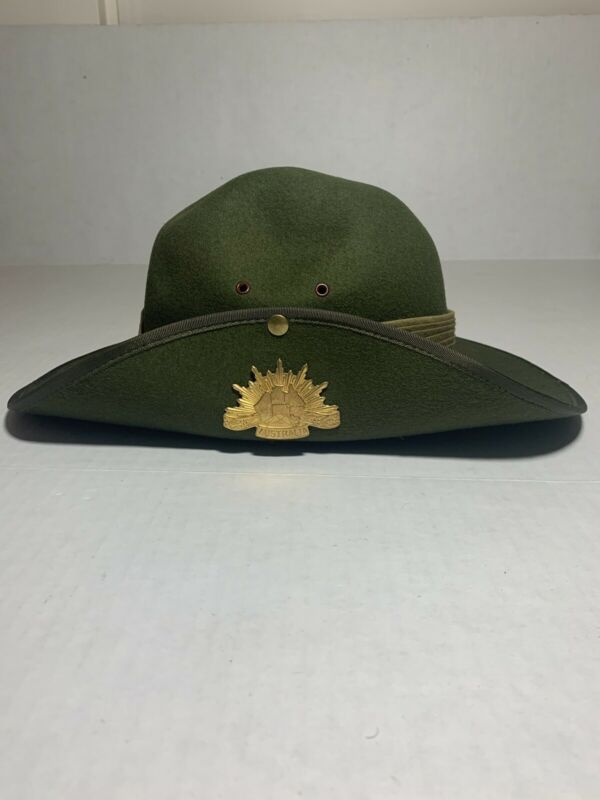 Vintage WWII Era Australian Military Forces Slouch Hat W/ Pin Badge