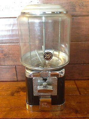 Beaver Black And Chrome Gumball Candy Nut Bulk Vending Machine Without Lockkey
