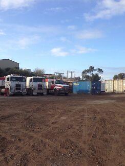 Kenworth Isuzu hino ford truck tipper semi Lonsdale Morphett Vale Area Preview