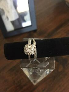 Brand New 18ct White Gold Bridal Set Cannon Hill Brisbane South East Preview
