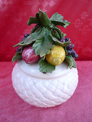 Beautiful, antique covered dish __ Fruit Bowl __ 18, 5cm __ L àtelier __