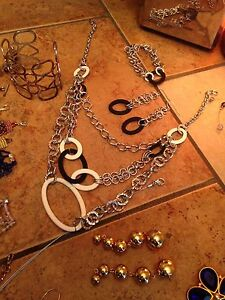 Lot of jewelry for sale Edmonton Edmonton Area image 6