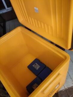 Esky Ice Box