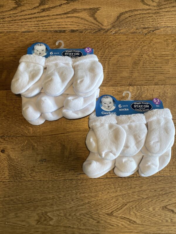 Gerber 12-pack Terry Socks, White, Size 0-3 Months - NEW