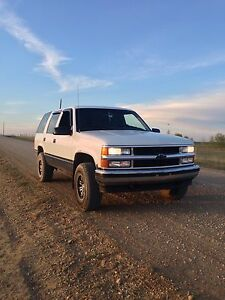 1999 Chevy Tahoe $2500 or trade for motorbike