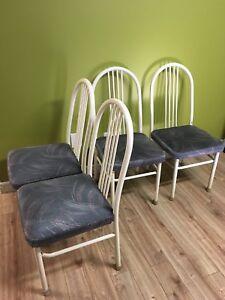 Ensemble 4 chaises de cuisine