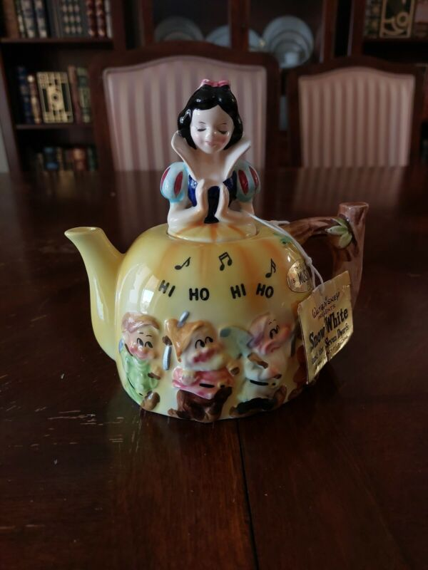 1960s Snow White & The 7 Dwarfs Enesco Figural Teapot/Music Box Very Rare disney