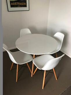 90cm Eames replica table and chairs