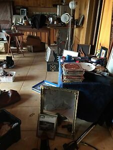 GARAGE SALE COLLECTABLES OLD GEAR Tamborine Mountain Ipswich South Preview