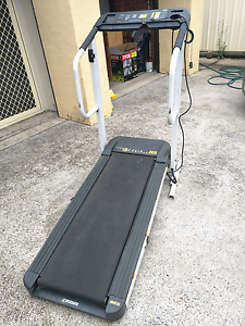 Running treadmill Prestons Liverpool Area Preview