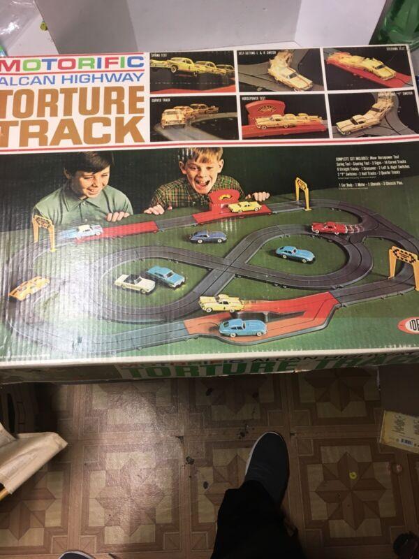 Ideal Motorific Alcan Highway Torture Track Set