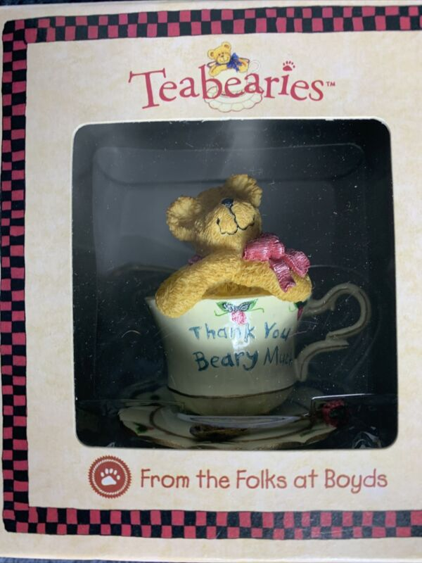 """Boyds Teaberries Figurine - """"MERCI"""" 2002 #24306"""
