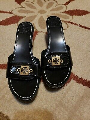 TORY BURCH (MADE IN BRAZIL) BLACK SOFT PATENT LEATHER WEDGE SANDAL 8 M