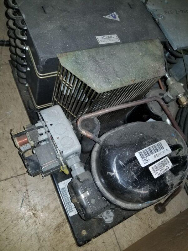 AEA9423EXAXC Condensing unit air cooled hermetic compressor Tecumseh AE172AR908