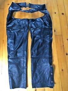 Woman's leather motorcycle chaps size 6-8