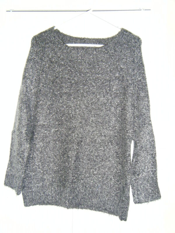 WOMENS TCEC M/L WOOL MOHAIR GREY SWEATER  WORN ONCE