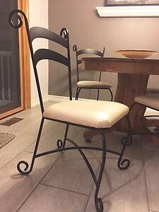 8 Dining Chairs- great condition!! Asking $250