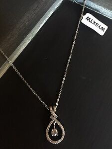 Charmed Aroma Necklace *NEW