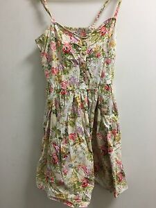Cotton on Floral dress Size L Canberra City North Canberra Preview