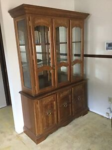 Wood Buffet & Hutch In Very Good Condition