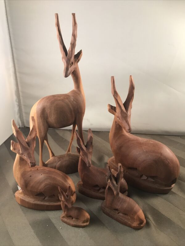 6 PC HAND CARVED WOOD ARICAN ANTELOPE IMPALA GAZELLE FAMILY