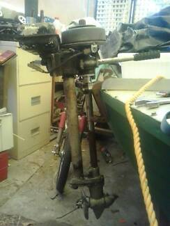 2 1/2 HP British Seagull outboard motor. Exeter Port Adelaide Area Preview